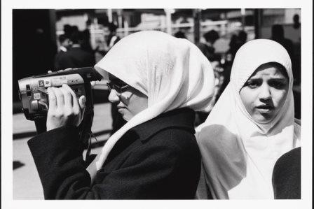 مصور.. عرض صور مسلمین فی متحف نیویورک