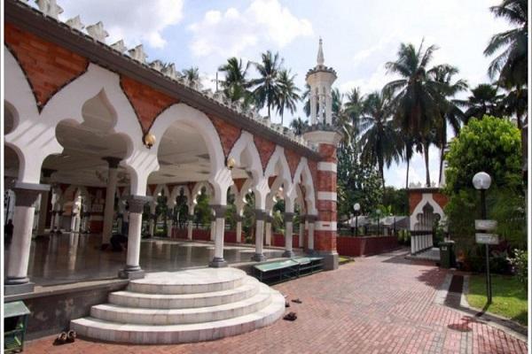 المسجد الجامع في العاصمة الماليزية