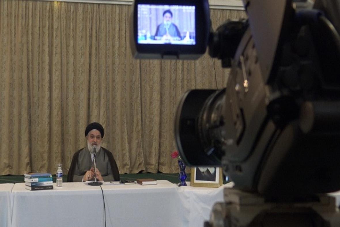 بالصور...تنظيم المؤتمر الافتراضي لعلماء المراكز الاسلامية في بريطانيا