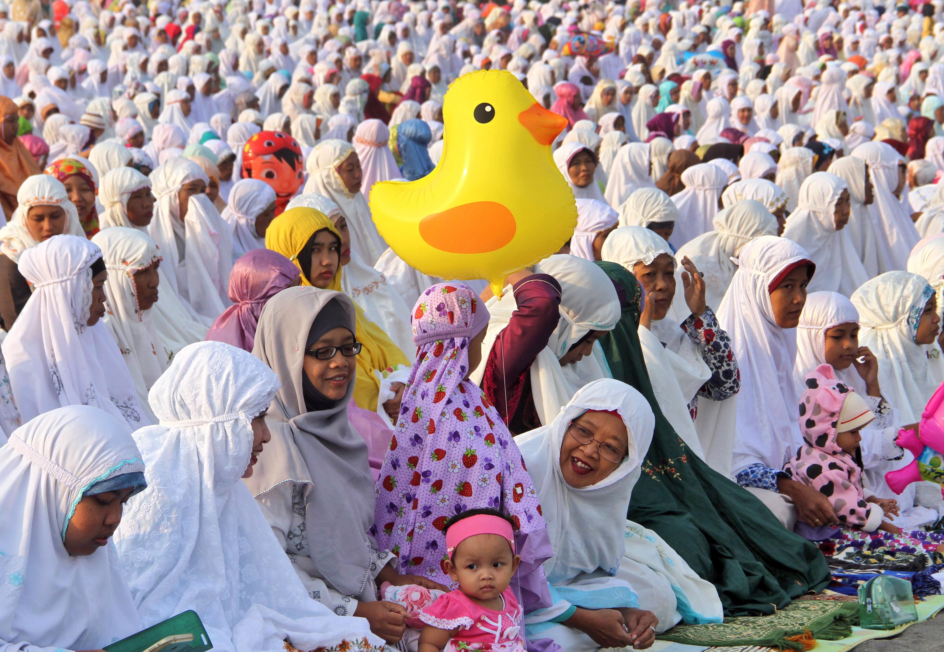 Beautiful China Eid Al-Fitr Feast - 6369_446  Pictures_207986 .jpeg