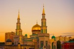Russia Eyeing Share in Global Islamic Finance, Halal Industries