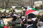 Sit-in in Front of US Embassy in London against Trump's Decision on Quds