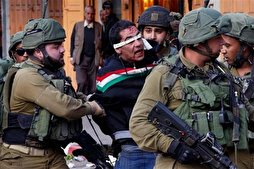 Zionist Forces Detain 26 Palestinians in West Bank, Quds