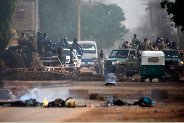 Sudan prosecutor: generals did not order sit-in dispersal