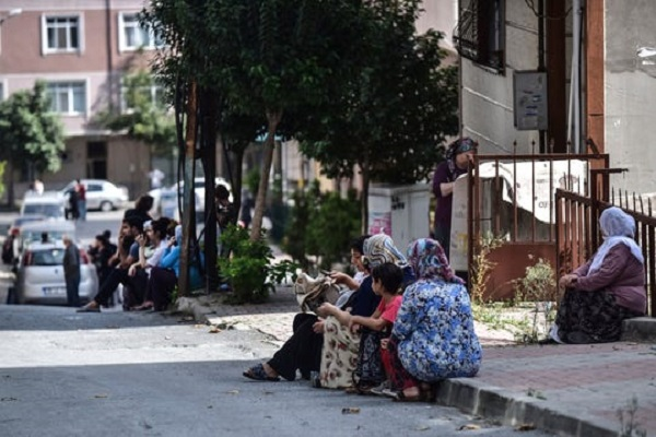 5.8 magnitude earthquake shakes Istanbul, no damages seen