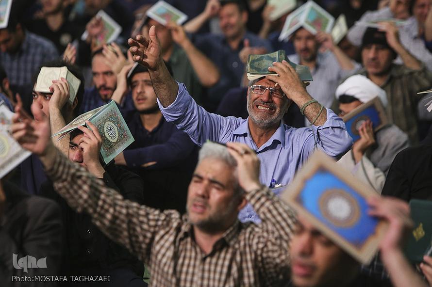 """""""Millones de musulmanes se reunieron a celebrar la primera de las 3 noches del Leilatul Qadr"""""""