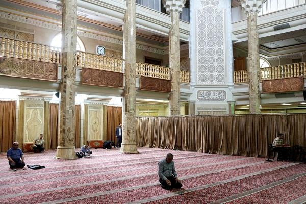 Irán: reabrieron mezquitas para oraciones diarias