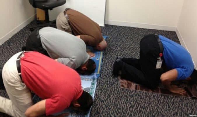 Los musulmanes en Suecia tienen derecho a pausas laborales para rezar