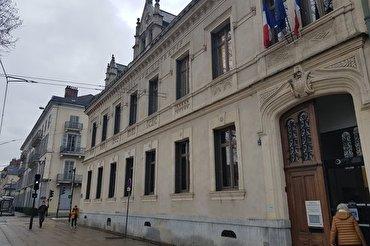 Islamofobia en Francia: el tribunal confirma el cierre de una escuela islámica