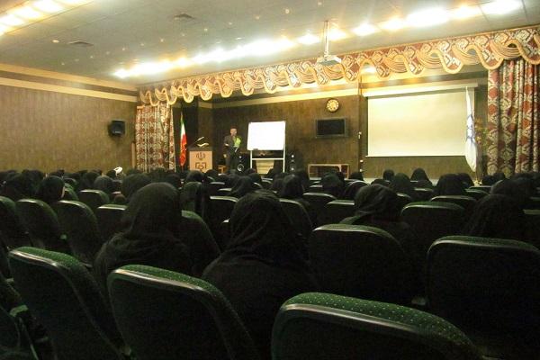 برپايي کارگاه تخصصي کودک ويژه مربيان مؤسسات قرآني زابل