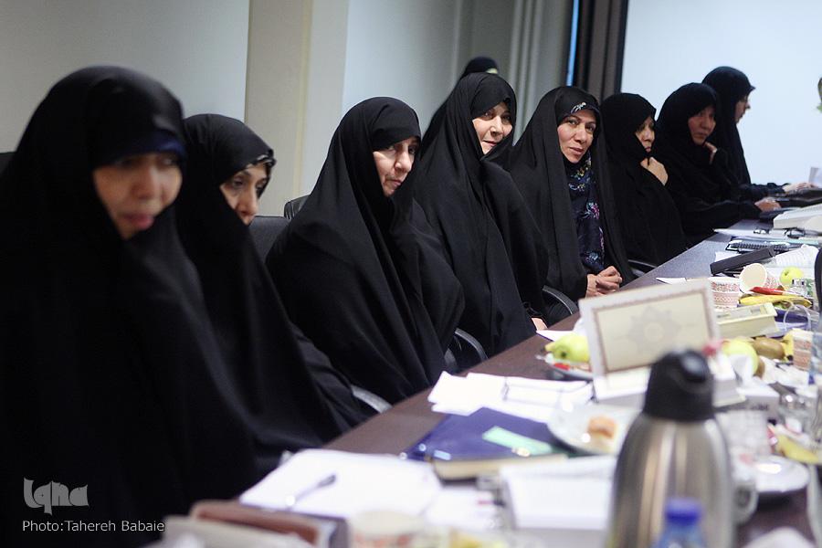 رقابت های انتخابی مسابقات بین المللی قرآن بانوان برگزار شد + عکس