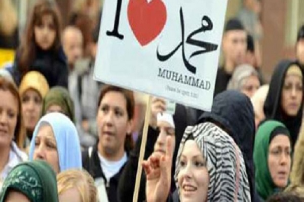 گزارش روزنامه آلمانی: غرب از اسلامی میترسد