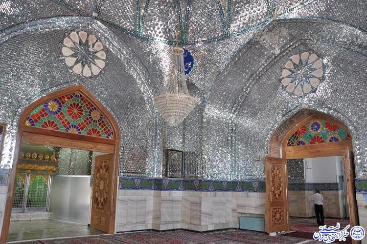 در حال تکمیل فقط عکس مانده /// امامزاده سید حمزه(ع) کاشمر پناهگاه مسافران دیار خورشید