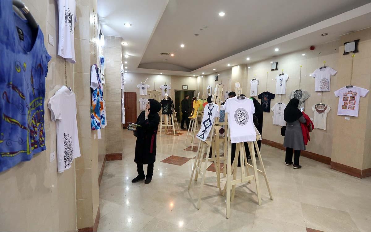 ارسال بیش از 450 اثر به دبیرخانه پنجمین جشنواره نقش تن پوش