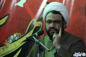 تبیین الگوهای صحیح اسلامی باعث غنی شدن جوانان میشود