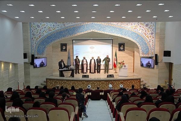 همایش پاسداشت و تجلیل از مقام و منزلت اساتید و مربیان قرآن