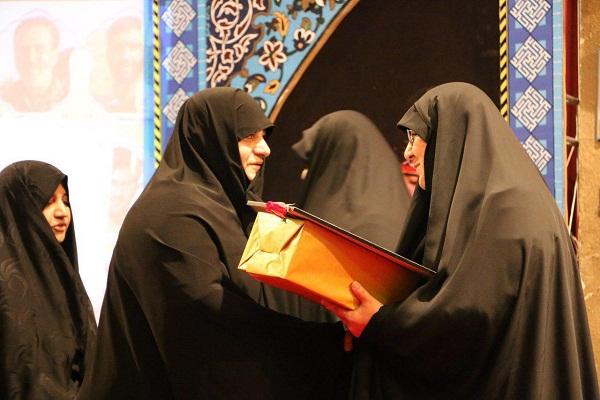 استقبال از نمایش خیابانی حراج در یادواره رسولان حرم مازندران