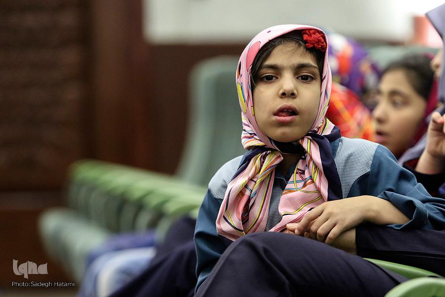 محفل انس با قرآن در مؤسسه خیریه همدم مشهد برگزار شد