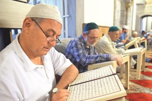 برگزاری مراسم اعتکاف در مساجد ترکیه / در حال تکمیل