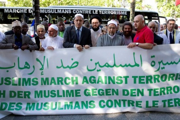 راهپیمایی مسلمانان علیه تروریسم در فرانسه