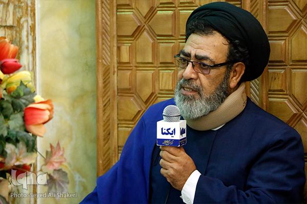 قرآن، در متن فعاليت هاي مسجد قرار گيرد