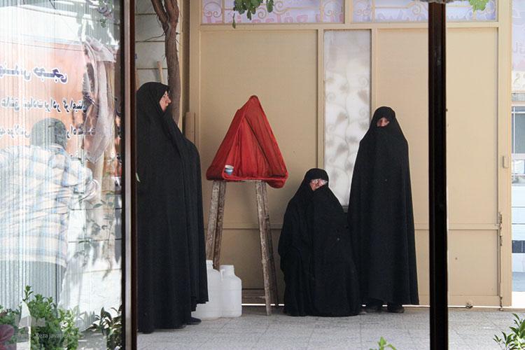 دلجویی و بازدید عوامل قرآنی کشور از منزل شهید م ع حرم محسن حججی .
