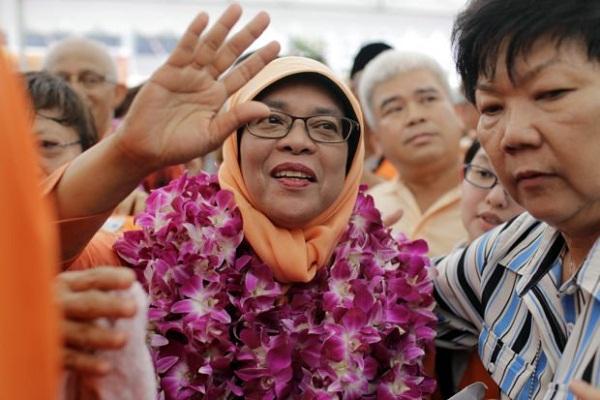 برای اولین بار یک زن مسلمان رئیسجمهور سنگاپور شد