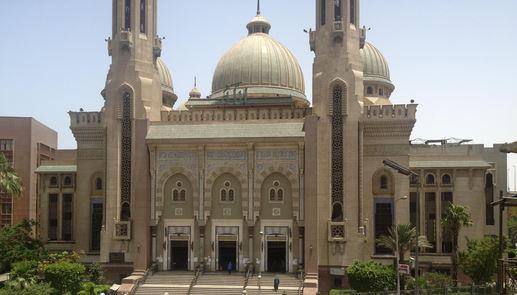 مبتهلی که در هفت سالگی مؤذن مسجد حضرت زینب(س) قاهره شد / تقوای الهی؛ مهمترین نصحیت پدر