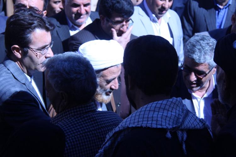 گزارش تصویری دیدار امام جمعه کوهدشت با مردم منطقه گدارگه ضرون