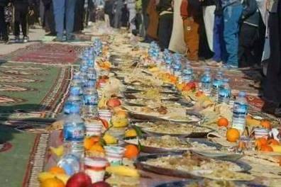 برپایی طولانی ترین سفره جهان در زیارت اربعین حسینی + تصویر
