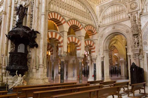 مساجد تاریخی اروپا؛ شاهکارهای معماری زوالناپذیر