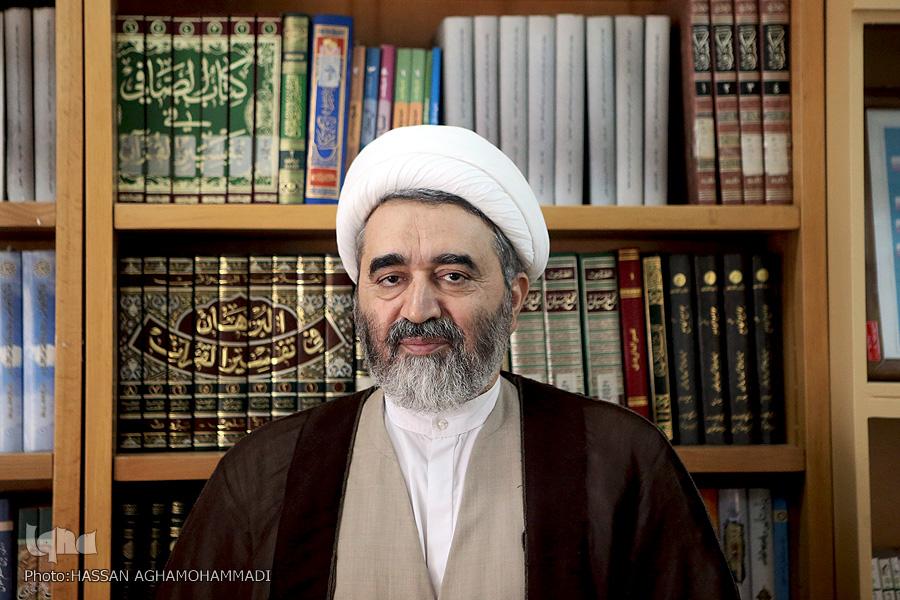 رضائی اصفهانی توصیههای مراجع معظم تقلید و علما برای مقابله با بیماری کرونا عترتنا