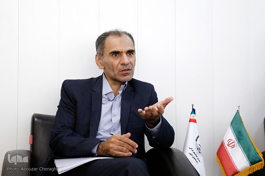 کامران ندری: انتظار برای اجرای نقشه راه بانکداری اسلامی در شرایط کنونی خوشخیالی است