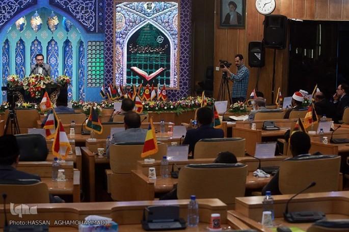 در اسرا بینالمللی؛ شرکتکنندگان در مسابقات بینالمللی قرآن دانشجویان از آرزوهای خود گفتند/ رقابت ۴ حافظ در سومین شب