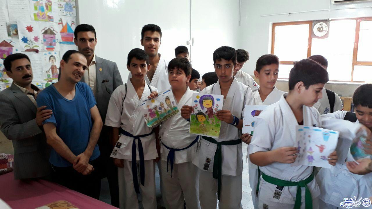 دیدار ورزشیها با مددجویان آسایشگاه امام رضا (ع) در رودسر