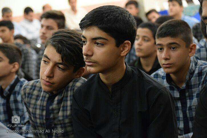 گزارش تصویری مسابقه «مکبری نماز جمعه» در خرمآباد