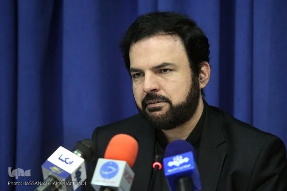 فیلمنامهنویسان در وادی معارف قرآنی ورود پیدا کنند