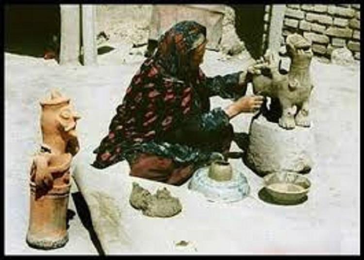 خاتوزین مادر اسطورههای کردستان