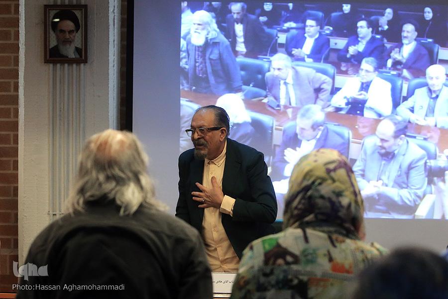 احمد مسجدجامعی در مراسم رونمایی از آثار استاد سیف: هنر امروز با اتکا به هنر سنتی و مردمی به موفقیت خواهد رسید