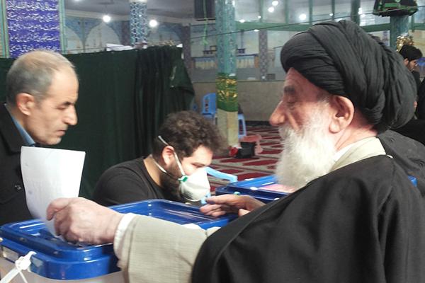 اهمیت شرکت در انتخابات/دعای موقع رای دادن آیت الله میردامادی عترتنا