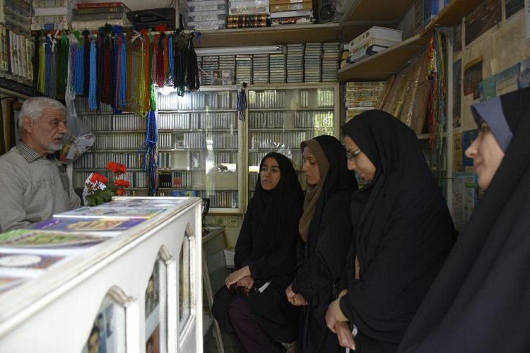 دیدار با یک معلم قرآن همدان + عکس
