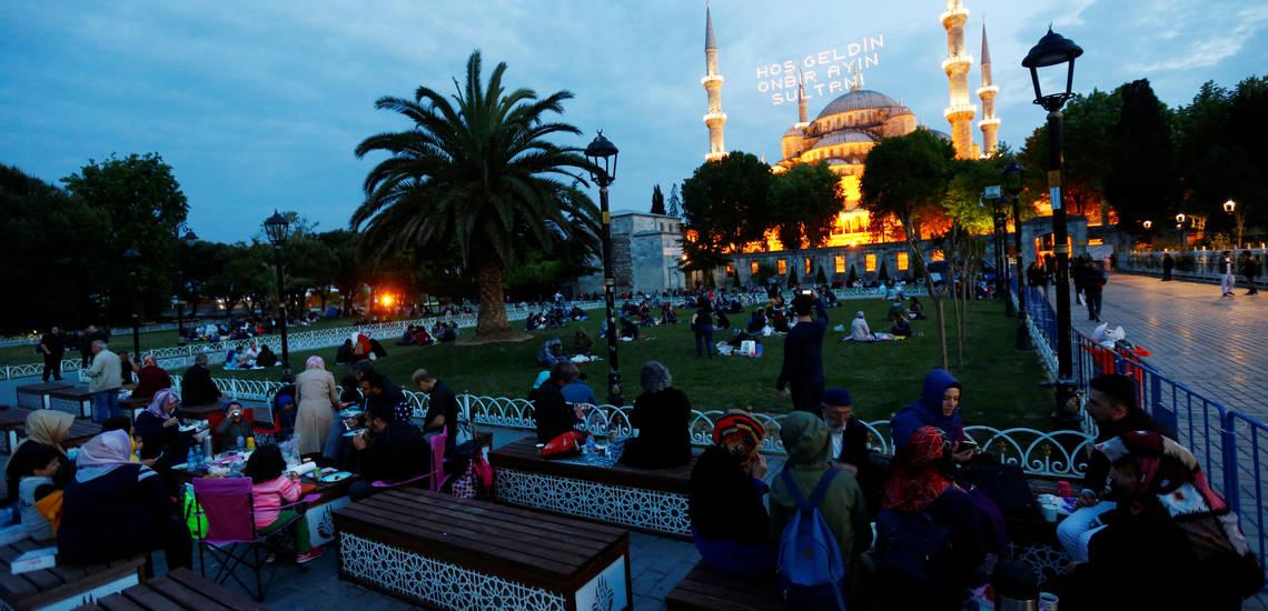 رمضان در ترکیه؛ ماه چاوشی خوانی و اجرای موسیقی عرفانی