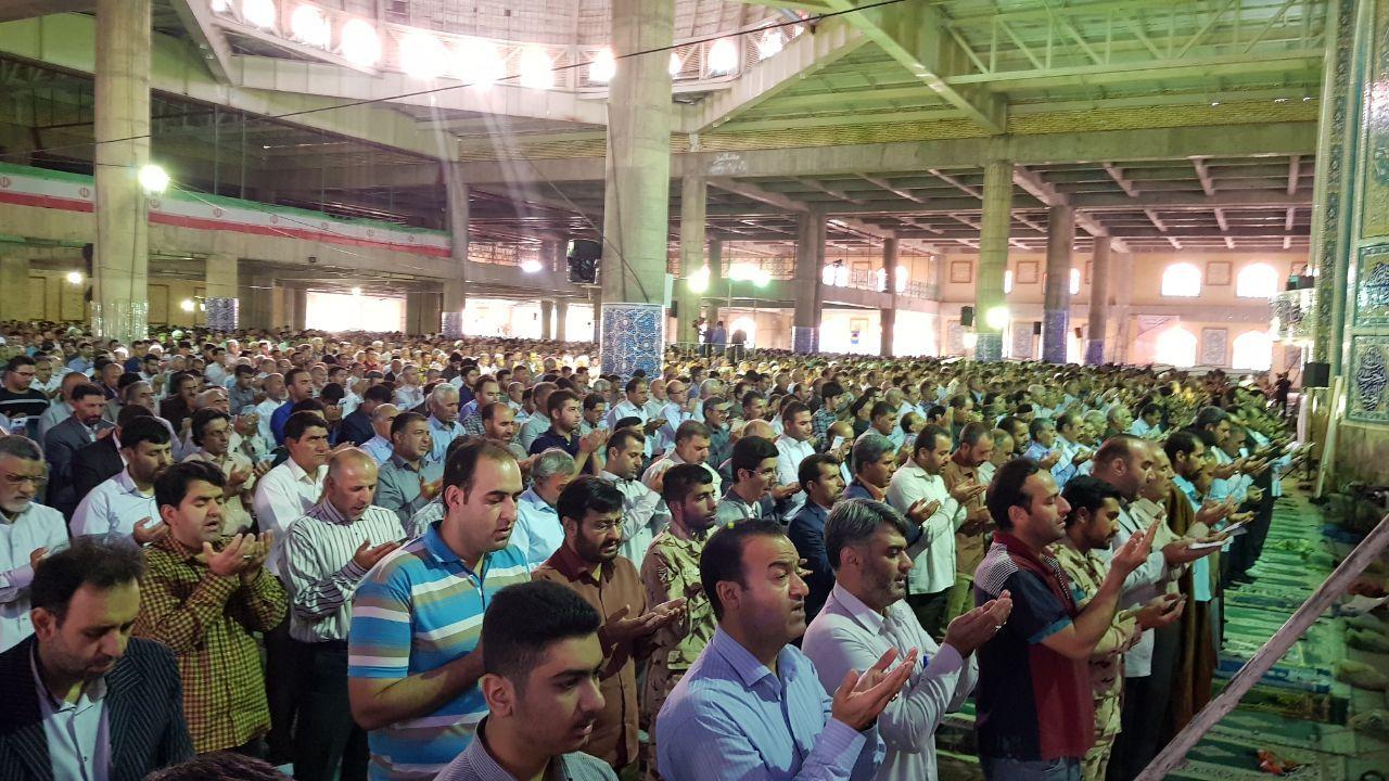 گزارش تصویری اقامه نماز عید سعید فطر در لرستان