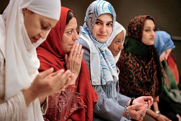روز جهانی حجاب و به رسمیت شناختن حقوق زنان مسلمان/ تازه مسلمان آمریکایی: حجاب تعهد به خداست