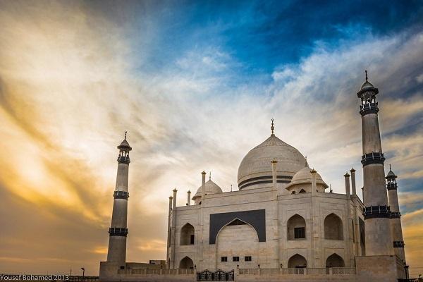 مسجد فاطمه الزهرا (س) و شباهت به تاج محل +فیلم