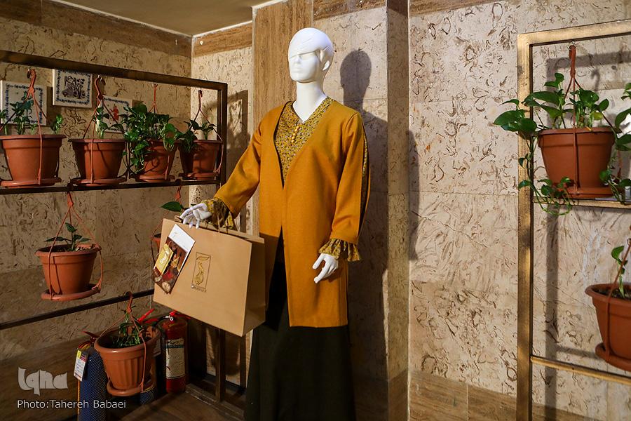 تحقق ایدههای قرآنی در قامت لباس/ قمیص مدرن بپوشیم