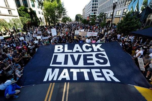 مدنیت آمریکا مرهون اعتراضات سیاهپوستان است/ ضرورت بازگشت به دین دعوتکننده به مساوات