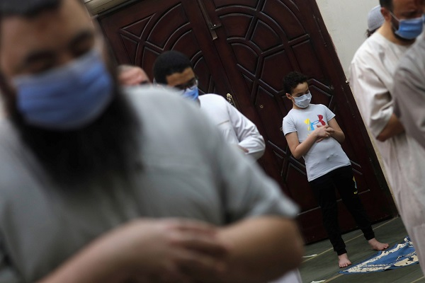 بازگشایی مساجد مصر بعد از سه ماه + فیلم و عکس