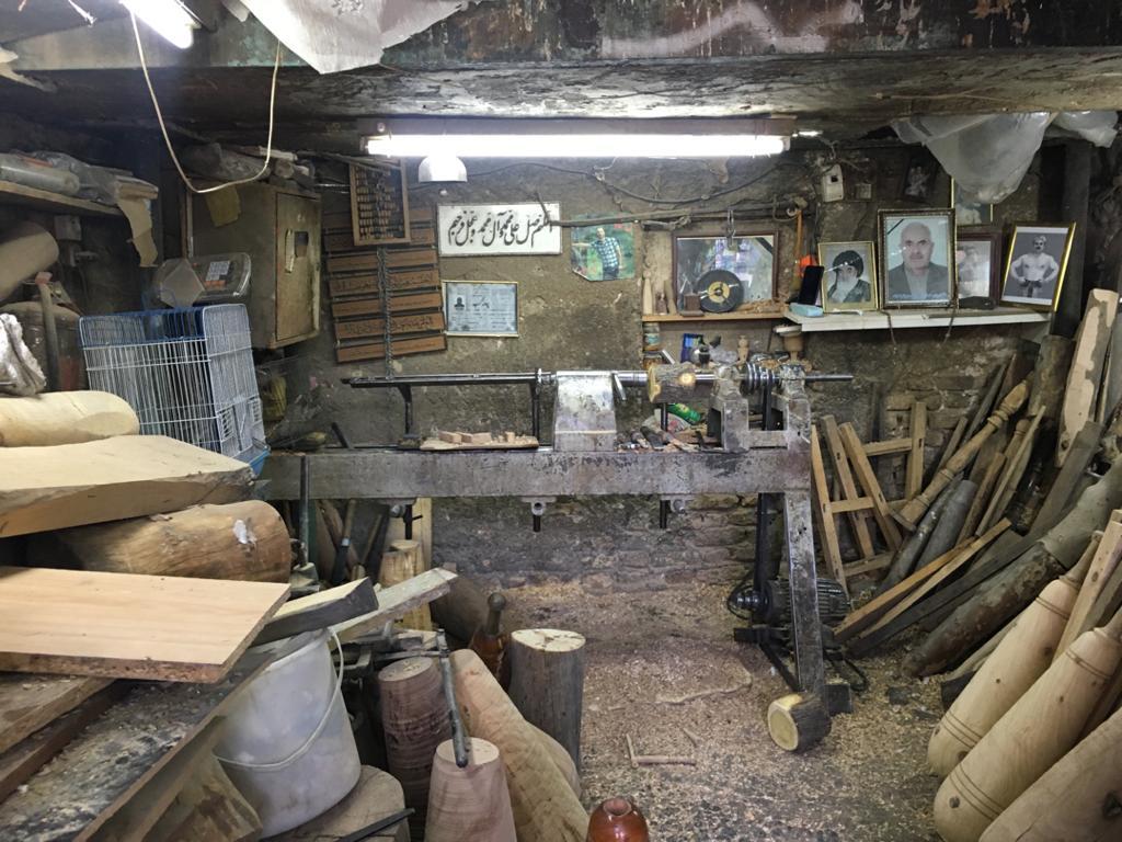 هنر دستی که رو به فراموشی است/ واپسین دکان تاریخی بر جای مانده