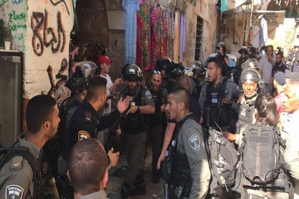 زخمیشدن دهها فلسطینی در راهپیمایی حمایت از پیامبر(ص) مسجدالاقصی